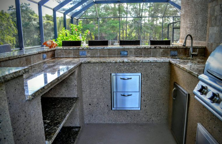 Know About The Ideal Places For Your Ideal Kitchen Set Up!